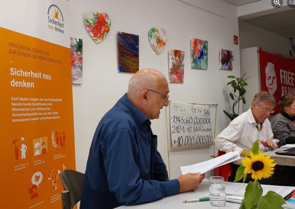 Klaus Pfisterer bei der DFG-VK-Landesmitgliederversammlung 2021 in Stuttgart